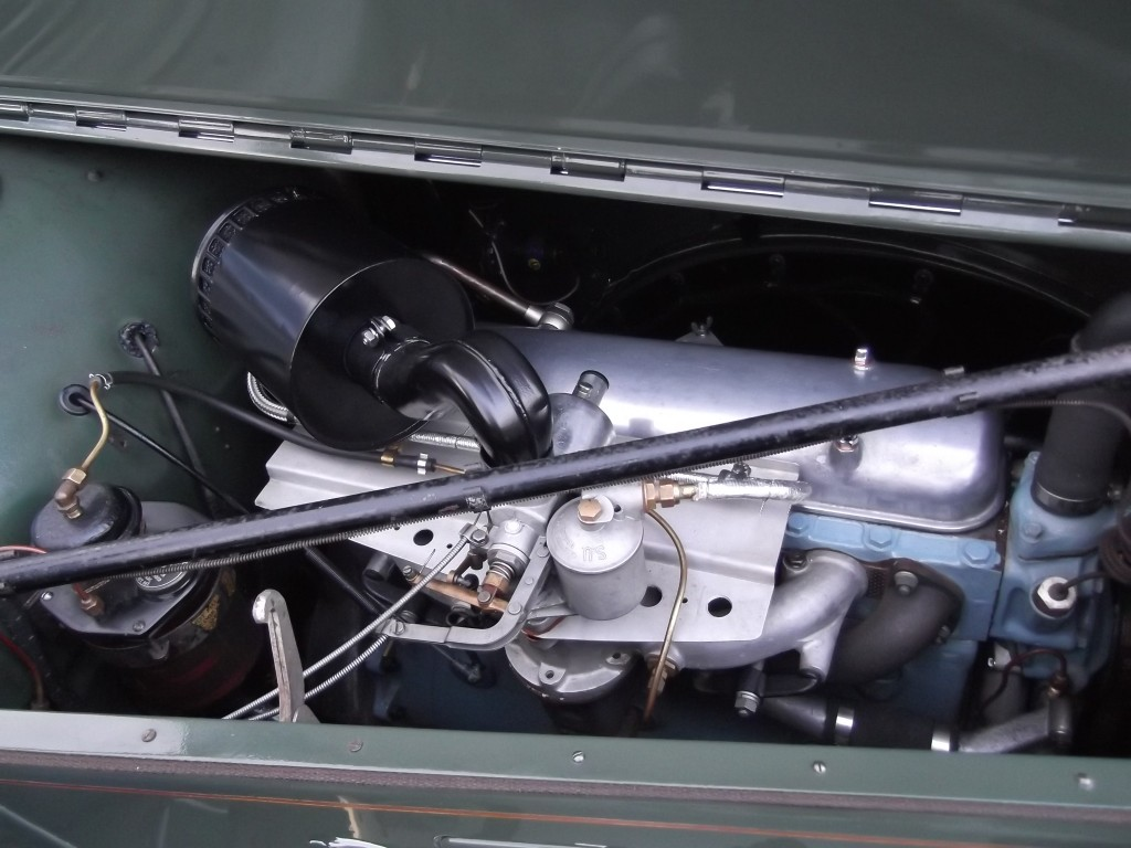 O/S of Rover 16 Engine following restoration