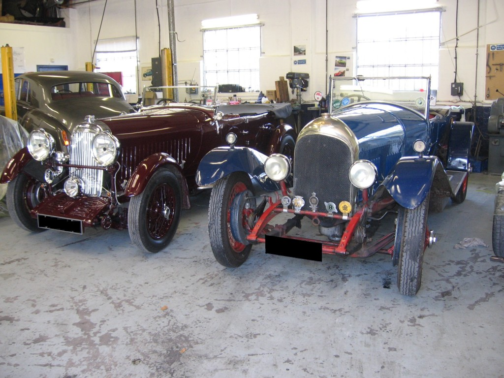 Former stable mates re-united.  The Lagonda and the WO Bentley were both owned by the father of the Lagonda's current owner.
