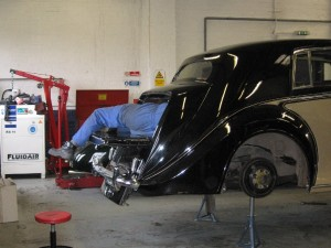 1949 Bentley Mark VI Work sometimes includes some rather awkward positions!